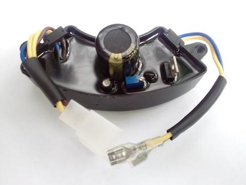 Блок AVR (регулятор напряжения) для генератора 2.5 кВт ( 1 колодка 4 провода + 2 пров )