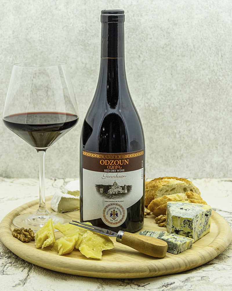 Вино Gevorkian Winery Одзун Красное Сухое 2018 г.у. 12,0% 0,75 л.