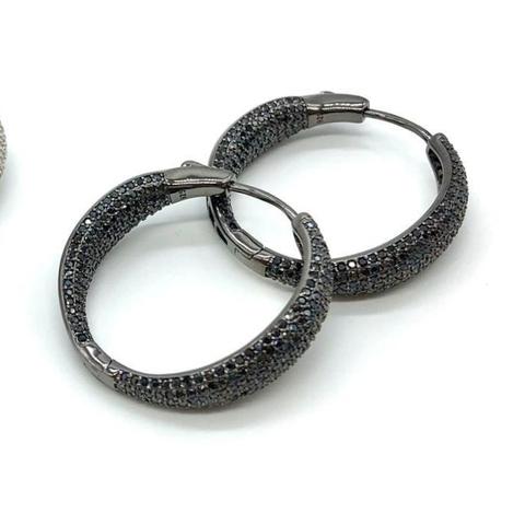 47938- Серьги-кольца из серебра в черном родии с черными микроцирконами