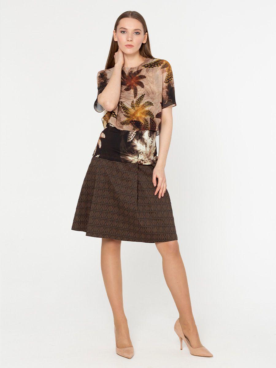 Блуза Г568-549 - Двухслойная блуза: верхний слой - шифон (ПЭ 100%), к телу - вискозный трикотаж (вискоза 84%, ПЭ 10%, эластан 6%) Эта модель станет украшением вашего гардероба и поможет вам создать элегантные запоминающиеся луки