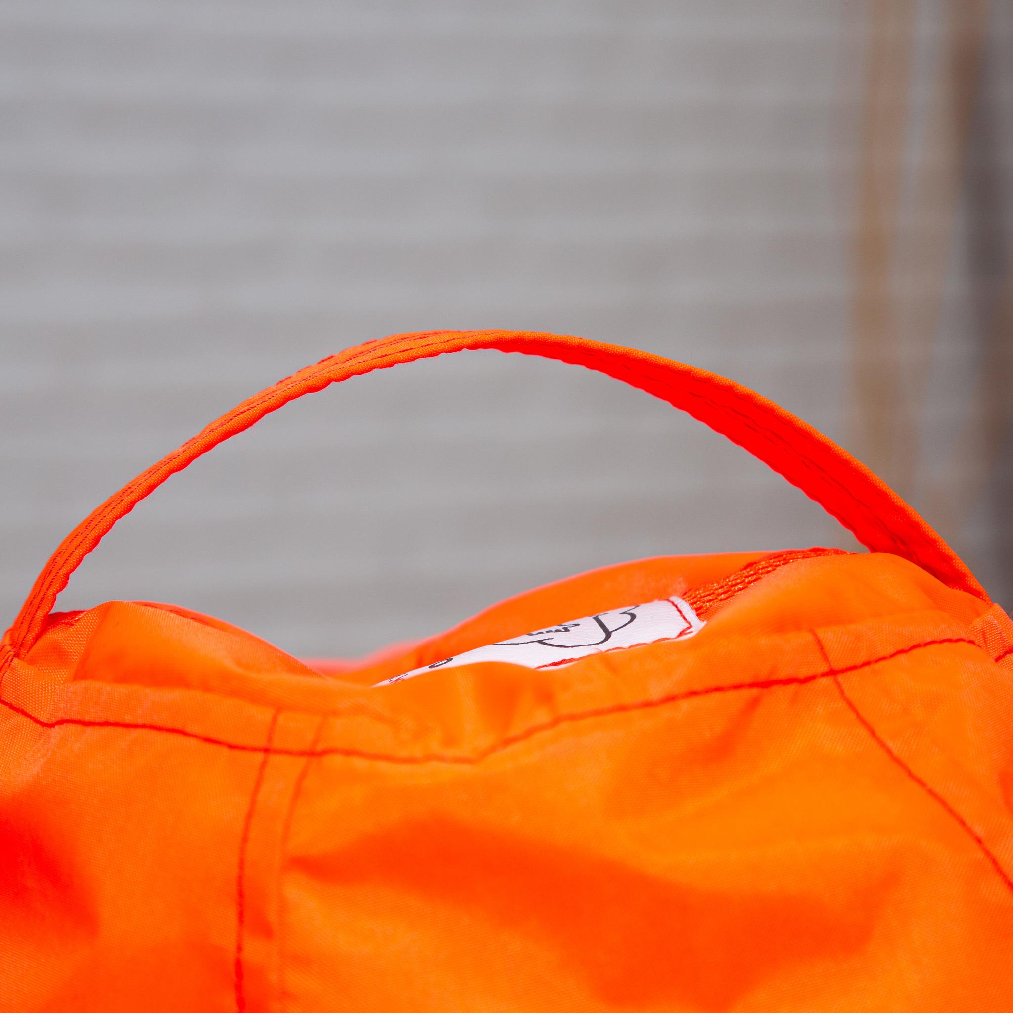 Груша M плащёвка, несъёмный чехол (неоново-оранжевая)