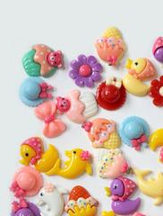 Кабошон фигурки пластиковые, декоративные, 4-5 шт.