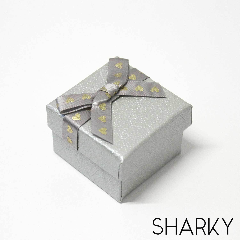 Подарочная коробочка сердечки