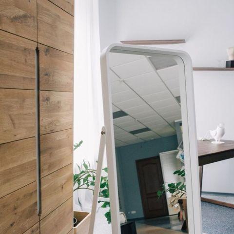 Зеркало напольное белое Иконс