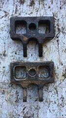 Проставка передней рессоры на грузовик МАН ТГЛ б/у оригинал  Оригинальные номера MAN - 85413360027; 85413353021