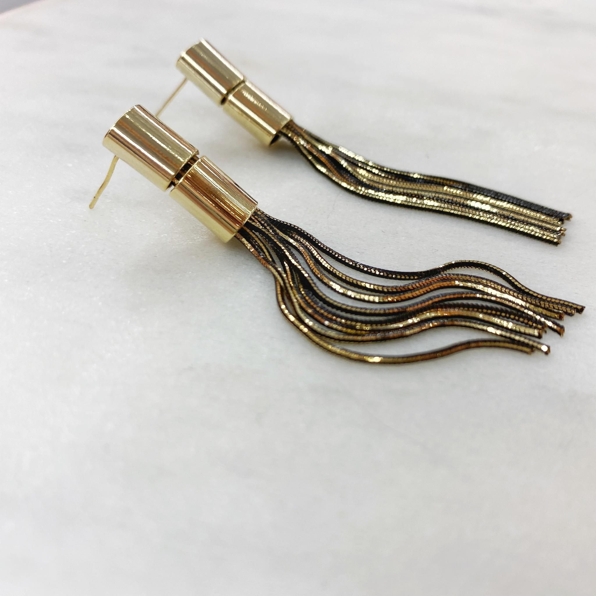 Серьги-кисточки на цилиндиках (черный, золотистый) ш925
