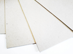 Картон пивной, основа для альбома, 1,5 мм, 30*30 см, 1 лист.