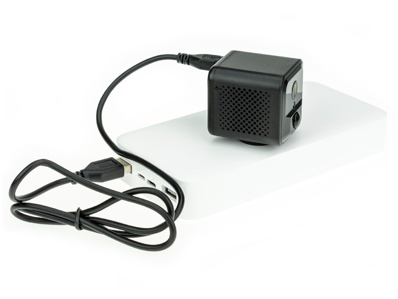 Беспроводная IP камера Ambertek Q85S FOWL c датчиком движения
