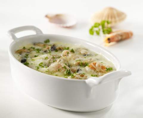 Овальное фарфоровое блюдо белое, артикул 638205, серия Belle Cuisine