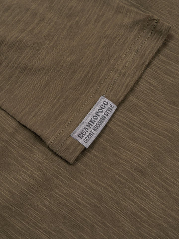Long-sleeved crewneck khaki t-shirt