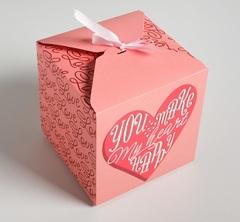 Коробка складная «С любовью», 18 × 18 × 18 см, 1 шт.