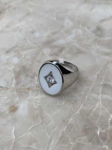 Печатка из серебра с белой эмалью