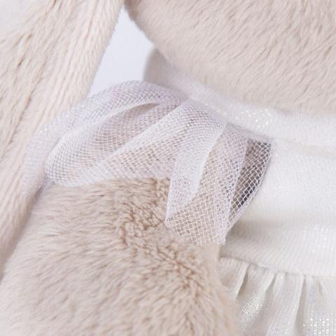 Зайка Ми в белом платье с голубем