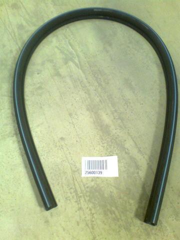 25600139 Шланг резиновый двойной диа.28/16х1800