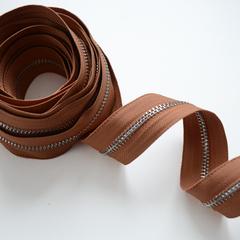 Молния металлическая №5, Охра-коричневая, цена за 10 см.