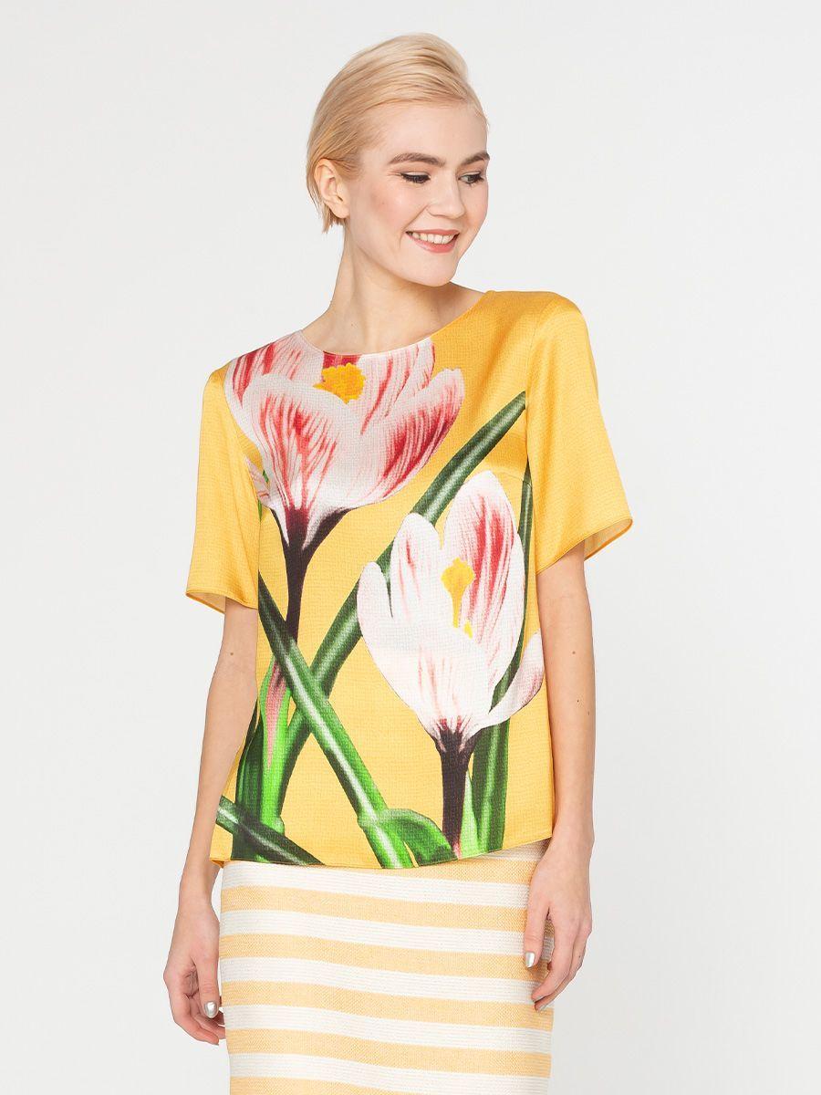 Блуза Г589-555 - Блуза прямого силуэта, из шелковистой вискозы, с эксклюзивным авторским прином от S&S by S.Zotova. Проработанная, удобная модель которая отлично садится по фигуре любого типа. Для тех кто любит в центре внимания!