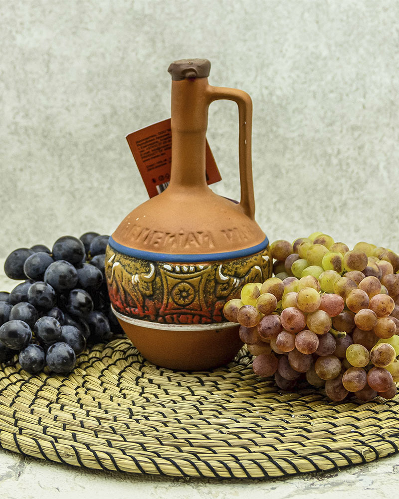 Вино Maran Winery Арени Наирян Красное Сухое в Кувшине 2017 г.у. 14% 0,5 л.