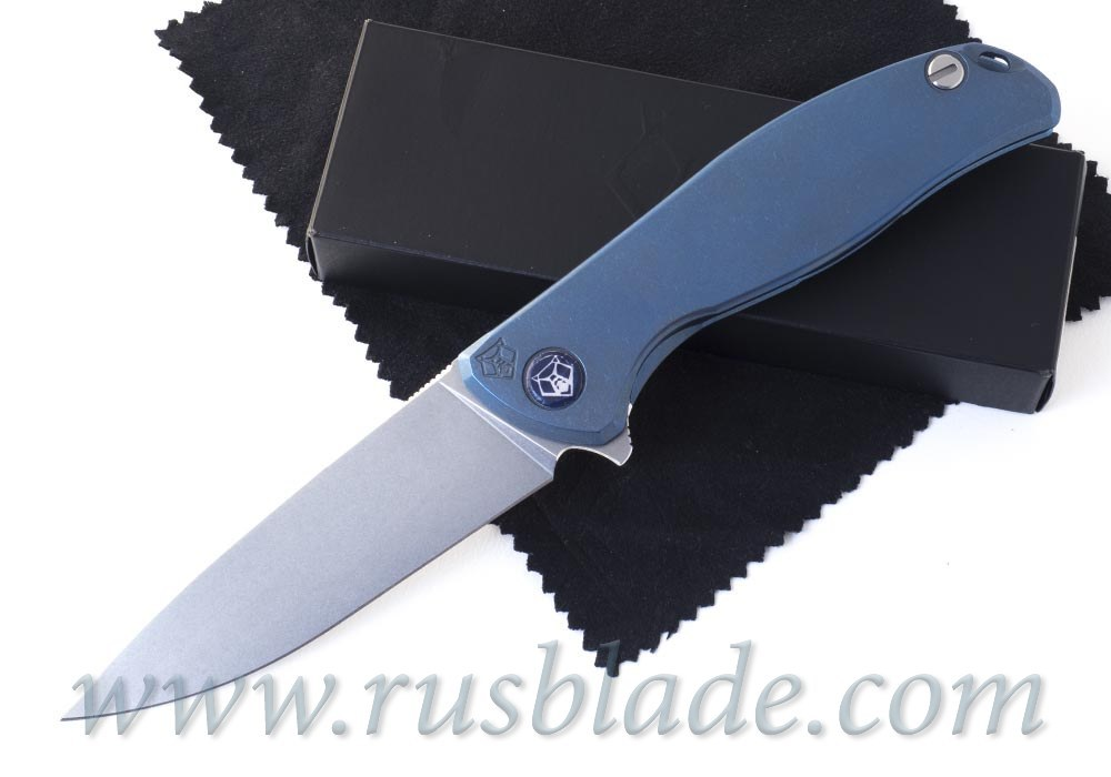 Shirogorov F95 M390 FS Nudist Blue Anodizing