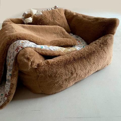 1961/3 - Комплект лежанка с одеялом для собаки