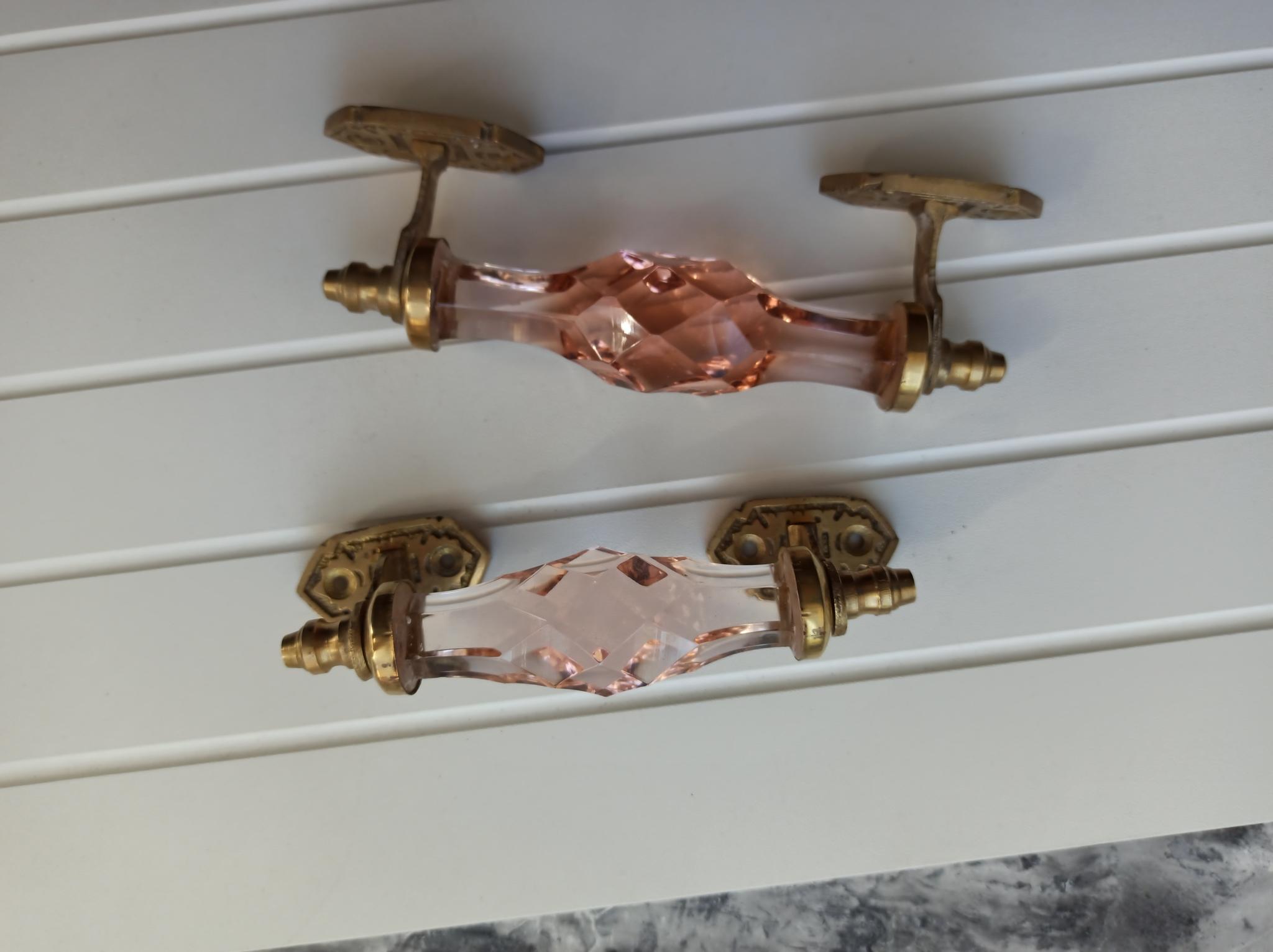 Дверная ручка из розового стекла, малая, латунь