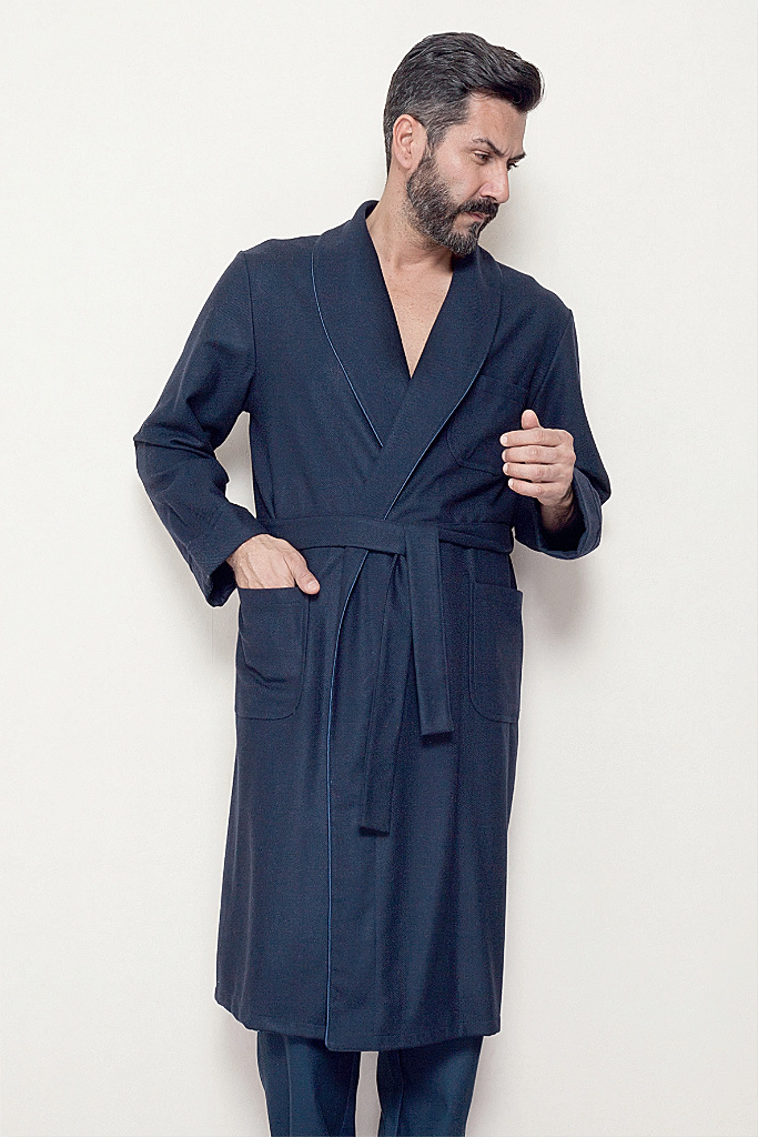 Шерстяной халат с  атласной окантовкой B&B