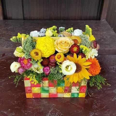 Ящик с цветами Осень Яркая