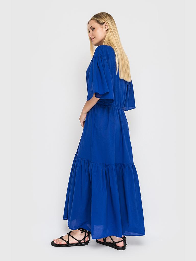 Платье ярусное с объемными рукавами синего цвета