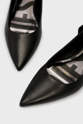 Женские черные кожаные балетки MOMY Diesel