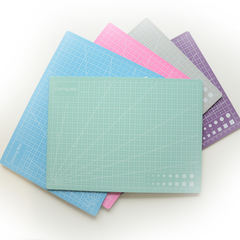 Мат для резки двухсторонний, формат А4, цвет в ассортименте
