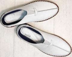 Легкие слипоны мокасины мужские из натуральной кожи стиль кэжуал мужской Luciano Bellini 91724-S-304 All White.
