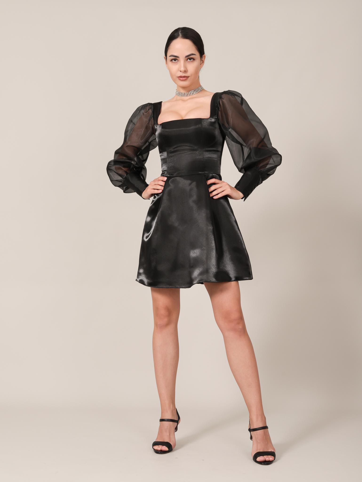 Вечернее платье / Нарядное платье из блестящей ткани с квадратным вырезом и длинными рукавами из фатина мини (черный)