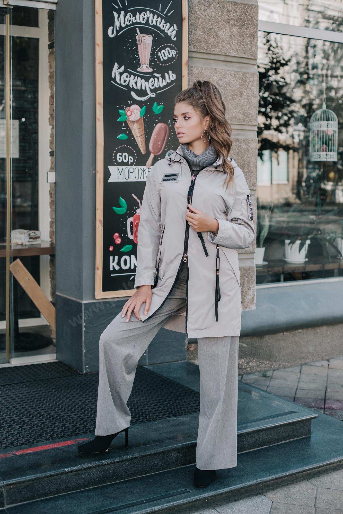 Куртка женская ветровка