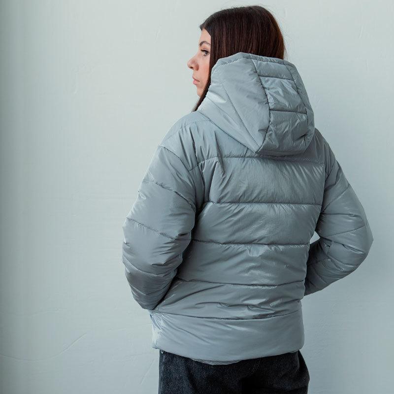 Демісезонна підліткова куртка для дівчинки в світло-сірому кольорі