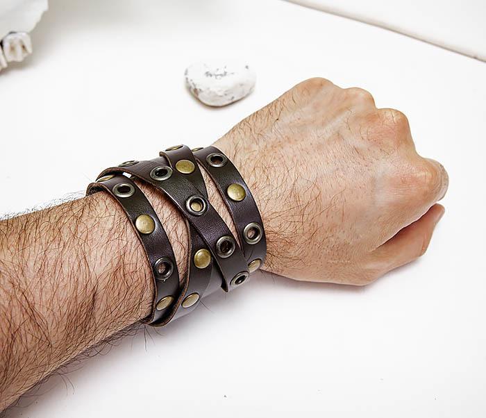 BL790-2 Мужской кожаный браслет напульсник с клепками фото 09