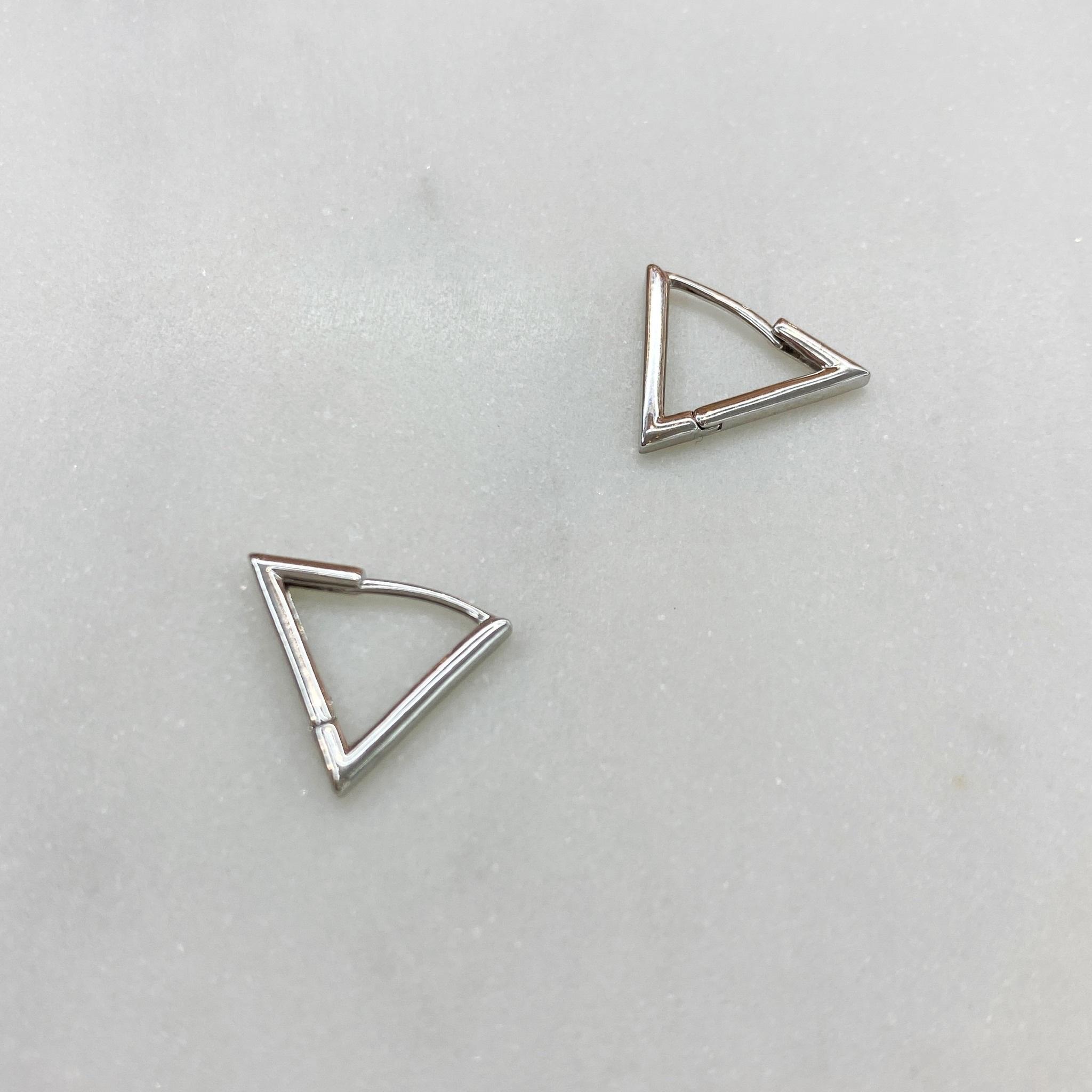 Серьги Треугольники 1 см (серебристый)