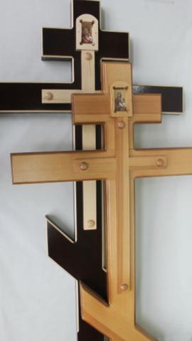 Крест сосна классический с иконой К-07