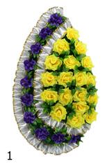 Венок украшенный цветами роз, нарциссов и лентой