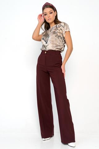 """<p>Шикарная модель с высокой, удобной посадкой. Фасон """"трубы"""" -<span> самые модные брюки этого сезона! Длины: (44-46р-108см,48-50р-109см,52р-110см).</span></p>"""
