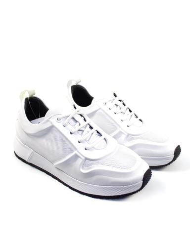 белые кроссовки SM