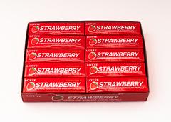 Жевательная резинка КОРЕЯ Клубника (Strawberry) Lotte, пластинки, 12,5 гр.