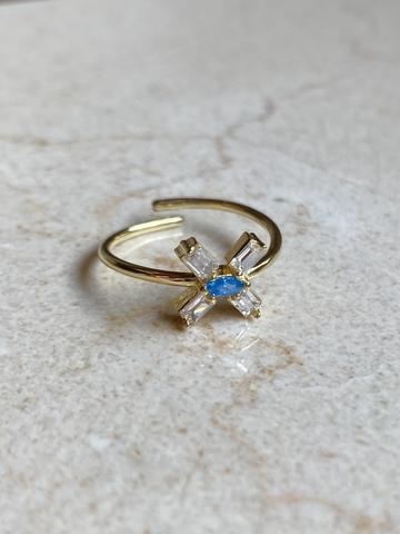 Кольцо из позолоченного серебра с голубым цирконом