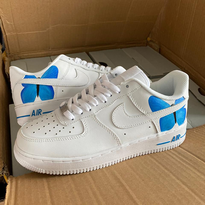 Nike Air Force 1 07 //  Big Butterfly