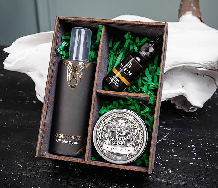 Набор средств для бородача: шампунь, масло для бороды и скраб для кожи