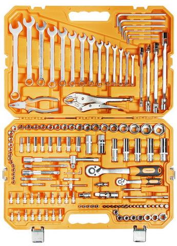 Набор инструментов универсальный 137 предметов (пласт.кейс)