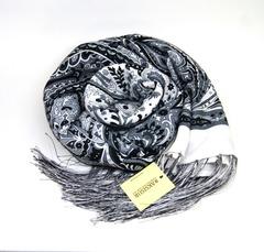 Шарф черно-белых оттенков 2 в Русском стиле