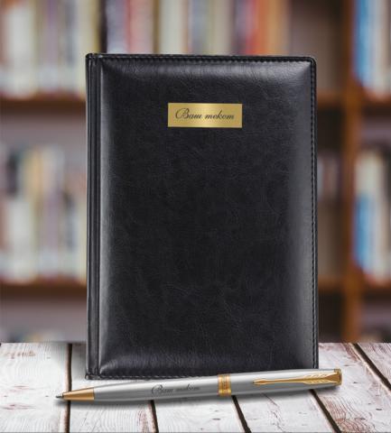 Набор с гравировкой: Ежедневник недатированныйи Шариковая ручка Parker Sonnet K527 цвет: St. Steel GT