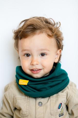 Детский снуд-горловинка из хлопка в рубчик зелено-синий