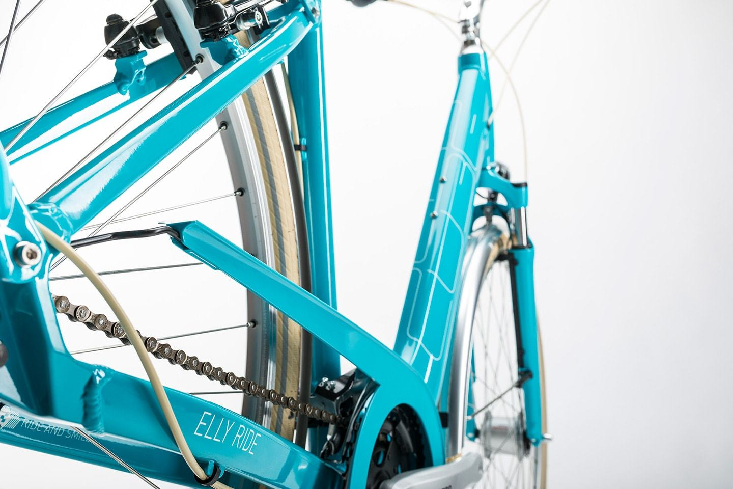 Cube Elly Ride Trapeze (2017)