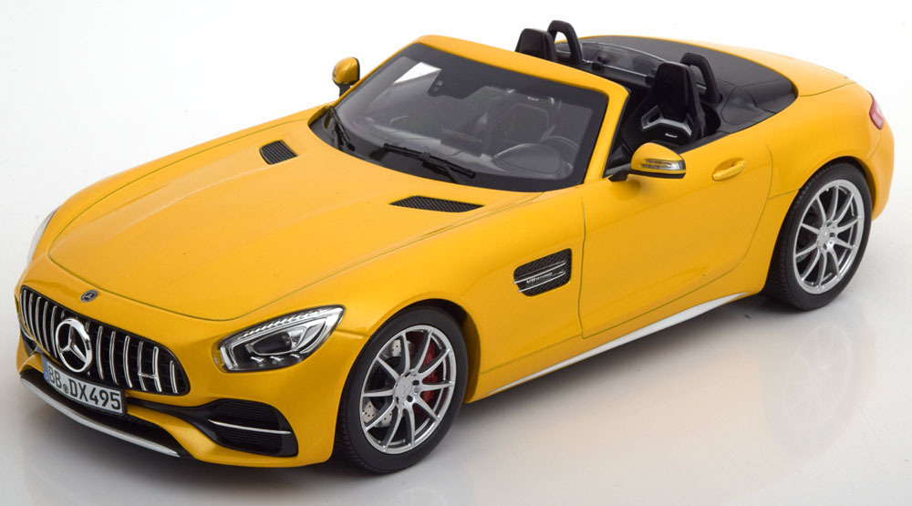Коллекционная модель MERCEDES-BENZ R190 AMG GT C ROADSTER 2017 YELLOW METALLIC