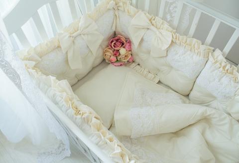 Комплект в кроватку Renaissance, на 4 стороны кроватки